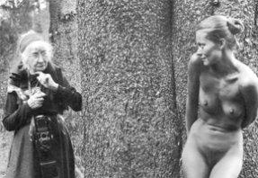 A női tekintet kialakulása a fotográfiában